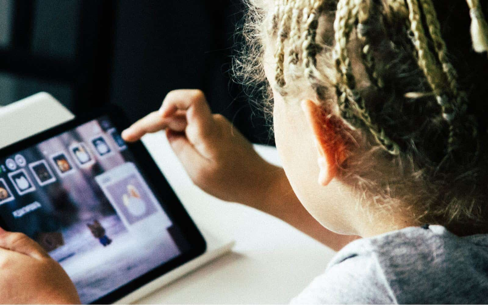 Kids and Devices – Technology in Montessori Environments